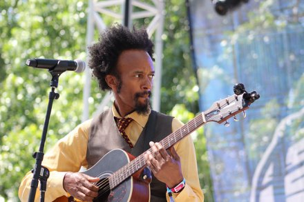 Fantastic Negrito photo: Kenneth Fish